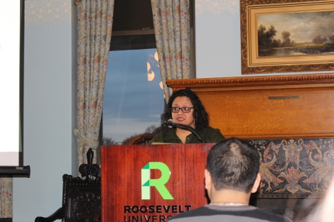 Kimberly Wasserman motivates students to support Environmental Justice in Little Village. Credit: Quinton R. Arthur