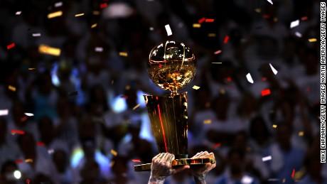 151027130907-nba-trophy-large-169
