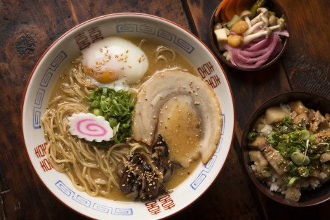 chi-furious-spoon-ramen-opens-wicker-park-shin-thompson-20150219