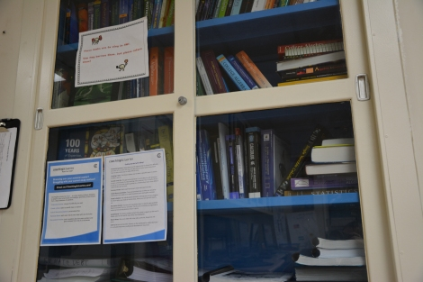 Books at the tutoring center. Photo by David Villegas.